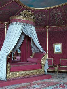 Neo - Empire - Josephine - Napoleons wife room