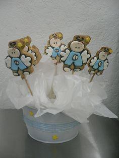Qué te parecen estas galletas de angelito como centro de mesa o recuerdo para un bautizo?
