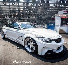 #LibertyWalk #BMW #M4 F82