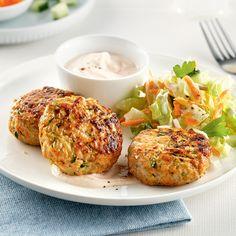 Galettes de poulet et carottes - Les recettes de Caty Salmon Burgers, Baked Potato, Entrees, Healthy Eating, Potatoes, Chicken, Baking, Ethnic Recipes, Food