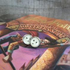 Hey, I found this really awesome Etsy listing at https://www.etsy.com/listing/271177244/harry-potter-earrings-gunmetal-silver