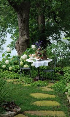 Mary Carol's Blog--Breakfast with a Princess in the Garden at Innisfree