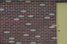 Brick pattern with door