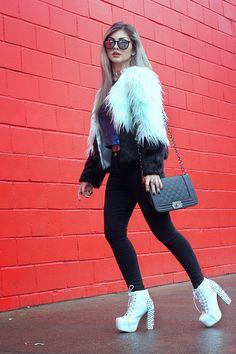 Lindsay Woods   Velvet #UI442   www.uigafas.com.br   @uigafas
