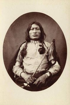 One Bull -Lakota Sioux, younger brother of White Bull, best known for being the nephew and adopted son of the great holy man, Sitting Bull. Used his uncles shield in the battle of Little Bighorn. Native American Photos, Native American History, American Indians, American Symbols, American Women, American Art, Sitting Bull, Man Sitting, Battle Of Little Bighorn