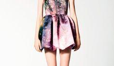 Olha só que vestido mais lindo! Esse é um tipo de Galaxy mais incomum, o mais claro.