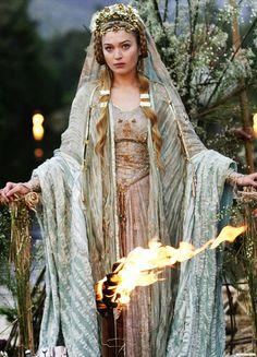 Sophia Myles in 'Tristan & Isolde' (2006).