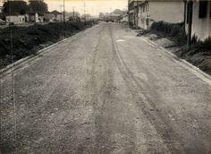06-01-1959 - Avenida Cruzeiro do Sul em Santana. Obras de pavimentação, vista das proximidades da rua Padre Ildefonso em direção ao rio Tietê.