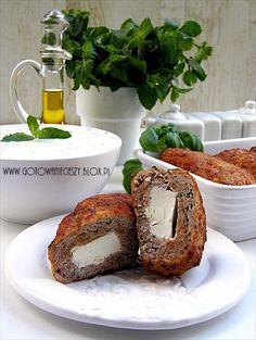 Greckie bifteki z fetą i miętą - Gotuję, bo lubię