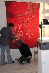 Man kan printe sin kunst på et banner - kan bruges som rumadskiller , gardin