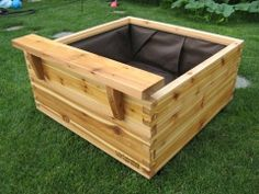 I am building raised wooden box planters and will line so I can install sub irrigation~self watering Outdoor Wood Projects, Garden Projects, Garden Boxes, Planter Garden, Planters, Flora Garden, Garden Fun, Window Box Flowers, Flower Boxes