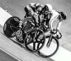 #ride-hard #track #fixie Track Cycling, Cycling News, Pedal Pushers, Fixed Gear Bike, Bikers, Bicycles, Culture, Fitness, Men's Cycling