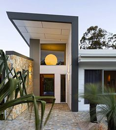 What an entrance. Beautiful work by - Scyon Axon vertical cladding can be seen alongside horizontal Stria and Matrix which steals the show from above. Stone and timber complement and complete the picture. Australian Architecture, Australian Homes, Amazing Architecture, Modern Architecture, Residential Architecture, Shed Building Plans, Building A House, Brick Cladding, Wall Cladding