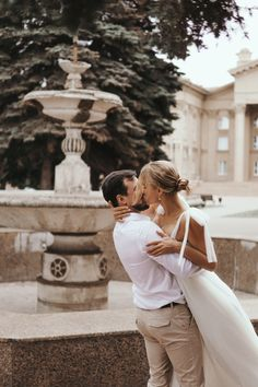 Engagement Pictures, Wedding Pictures, Flirting With Your Husband, Courthouse Wedding Photos, Dream Wedding, Wedding Day, Bridal Style, Getting Married, Love Story