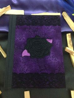 "Libro delle Ombre ""Purple Black Rose"" di LittleSorcerer su Etsy"