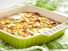 Brzo i lako: Tikvice zapečene sa jajima i sirom | StvarUkusa