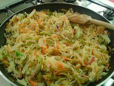 Low carb cole slaw with veggies Salvadoran style! Honduran Recipes, Mexican Food Recipes, Vegetarian Recipes, Cooking Recipes, Healthy Recipes, Ethnic Recipes, Ecuadorian Recipes, Honduran Food, Veggie Recipes