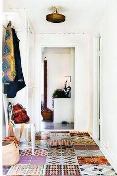 These bohemian tiles work together so perfectly. I love tiles! Home Interior, Interior And Exterior, Country Interior, Modern Interior, Patchwork Tiles, Turbulence Deco, Deco Boheme, Home And Deco, Interiores Design