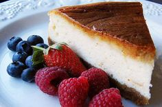 Easy Vanilla Protein Cheesecake    INGREDIENTS: ½ or 1 scoop vanilla protein powder, ½ cup fat free cream cheese, 4 tsp. sugar (or sweetener of your choice), 2 tsp. milk. DIRECTIONS: Mix everything together thoroughly in a bowl and eat as-is.