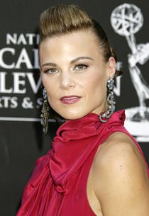 Exclusive: Gina Tognoni Joins The Young and the Restless Gina Tognoni, Frederick Forsyth, Roberta Flack, Pop Charts, Number One Song, Killing Me Softly, Young And The Restless, Days Of Our Lives, Tv Guide