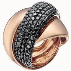 Sortija de oro rosa y diamantes negros