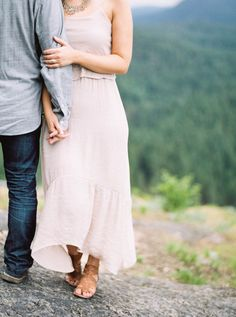 Rustic + Romantic Oregon Engagement Session