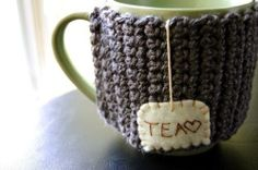 Love this crocheted mug holder. Too cute.