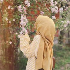 Stylish Hijab, Hijab Chic, Arab Girls Hijab, Muslim Girls, Hijabi Girl, Girl Hijab, Hijab Hipster, Hijab Style Dress, Muslim Women Fashion