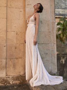 Wedding dress | wedding insipirasi | bridal dresses | haute couture | bride | handmade couture | bridal couture Girly, Feminine, Bride, Contemporary, Fall, Collection, Instagram, Women's, Women's