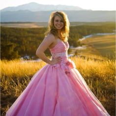My prom dress and senior picture <3