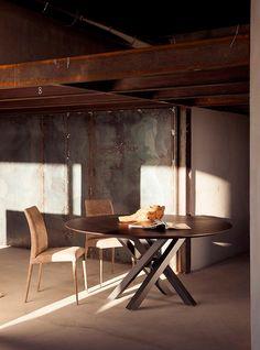 Tavolo SHANGAI in legno base grafite