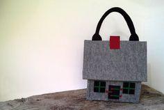 Felt Bag House  Unique par agnieszkamalik sur Etsy, zł250.00