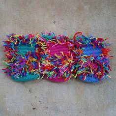 Burning through daylight - Crochetbug Crochet Parrot, Crochet Cats, Yarn Projects, Crochet Projects, Scrap Yarn Crochet, Crochet Monkey, Crafty, Sewing, Knitting