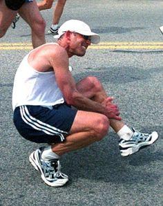 A cãibra muscular é uma dor muito incomodativo que é normal aparecer em quem é corredor. Saiba o que é uma cãibra muscular e como a prevenir!