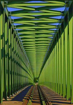 Északi vasúti híd (Hungary)