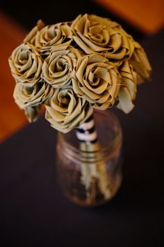 Charleston wedding at Founders Hall from Paige Winn Photo.  Sweet grass rose bouquets