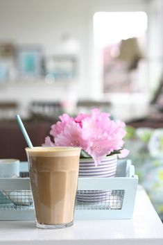 ~Spring Pirouettes~ Iced Coffee w/ extra cream on pink scented afternoons . I Love Coffee, Hot Coffee, Coffee Break, Iced Coffee, Coffee Drinks, Morning Coffee, Chocolates, Breakfast Desayunos, Coffee Spoon