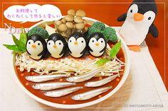 デコ鍋 More Cute Food Art, Kawaii Bento, Bento Box Lunch, Egg Decorating, Japanese Food, Lunch Recipes, Sushi, Nom Nom, Eggs