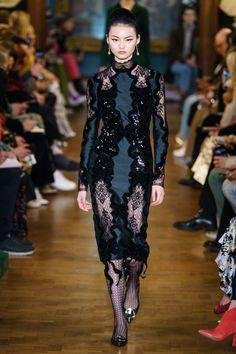 Erdem Fall 2019 Ready-to-Wear Collection - Vogue Vogue Fashion, Fashion Week, Runway Fashion, Womens Fashion, Style Couture, Couture Fashion, Vogue Russia, Feminine Dress, Fashion Show Collection