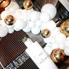 Balloon Hub Melbourne (@balloonhubmelbourne) • Instagram photos and videos Decoration Party, Table Decorations, Tea Lights, Place Cards, Balloons, Place Card Holders, Candles, Photo And Video, Melbourne
