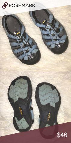 2afcb8c6690d Keen blue waterproof hiking shoes sandals 7.5 Keen waterproof  hiking sport athletic shoes
