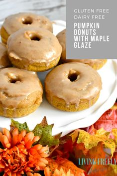 Baked Gluten Free Pumpkin Donuts Easy baked gluten and dairy free pumpkin donuts that are drizzled with maple glaze. These are the perfect fall treat to enjoy without feeling too guilty. Gluten Free Desserts, Dairy Free Recipes, Dairy Free Halloween Recipes, Gluten Free Dairy Free Donut Recipe, Gluten Free Pumpkin Bread, Dairy Free Baking, Gluten Free Muffins, Fall Recipes, Dairy Free Donuts