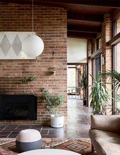 mid-century modern home in melbourne. / sfgirlbybay