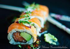 Am 18. Juni ist Welt-Sushi-Tag! Also raus mit dem Santokumesser und ran an das selbstgemachte #Sushi - So geht's.