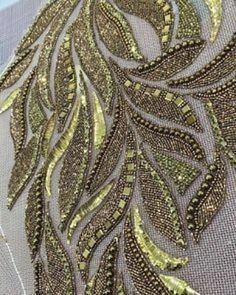 "98 mentions J'aime, 1 commentaires - fashion haute couture (@lesage_broderie) sur Instagram : ""@lesage_broderie #broderie #embriodery #bordados #perlas #perlage #beadworkshop #goldworkembroidery…"" Zardosi Embroidery, Tambour Embroidery, Hand Work Embroidery, Couture Embroidery, Embroidery Fashion, Beaded Embroidery, Abstract Embroidery, Bead Embroidery Patterns, Hand Embroidery Designs"
