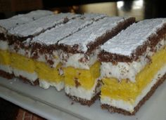 Prajitura cu foi de miere Romanian Desserts, Kolaci I Torte, Pie Dessert, Cheesecakes, Cake Cookies, Easy, Bakery, Good Food, Biscuits