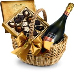 The Sparkling Prosecco & #Chocolate Hamper by Regency Hampers