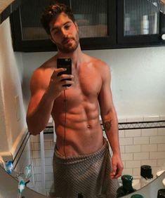 Just Beautiful Men, Beautiful Men Faces, Hunks Men, Black Muscle Men, Muscle Man, Abs Boys, Nick Bateman, Hommes Sexy, Poses For Men
