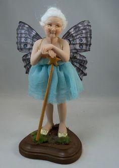 Resultado de imagem para Ooak fairy baby in snuggle pod faerie art doll Baby Fairy, Love Fairy, Clay Fairies, Fairy Figurines, Paperclay, Fairy Godmother, Clay Dolls, Dollhouse Dolls, Fairy Art