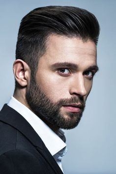 44 Amazing Mens Beard Style Ideas To Make Your Look More Cool Mens Hairstyles With Beard, Quiff Hairstyles, Cool Hairstyles For Men, Haircuts For Men, Mens Haircuts Quiff, Hairstyle Men, Beard Styles For Men, Hair And Beard Styles, Short Beard Styles